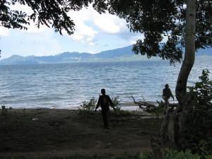 Mapping epithermal gold veins along the beach at Sumbawa